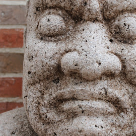 Tiki Face by Rebekah Doar - Buildings & Architecture Statues & Monuments ( statue, tiki, concrete )