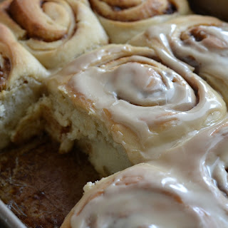 Old Fashioned Maple Cinnamon Rolls