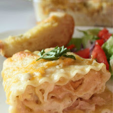 Chicken Alfredo Roll-Ups