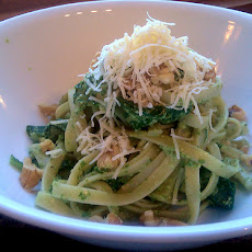 Fettuccine With Gorgonzola, Spinach and Pine Nuts