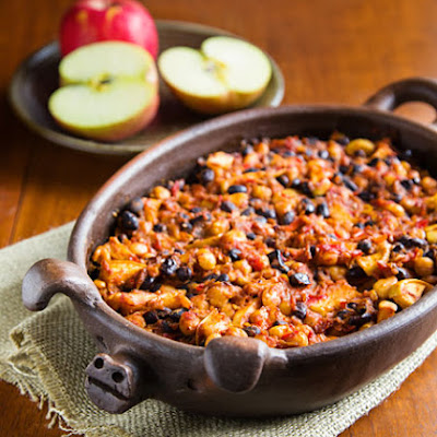 Smoky Apple Baked Beans