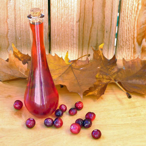 DIY Cranberry Liqueur