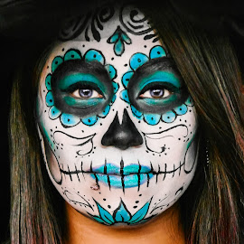 Blue Catrina by Victor Martinez - People Body Art/Tattoos ( noche de muertos, mexico, muertos, catrina, paint, beauty, llorona, halloween, love, pearl, girl, blue, night, dead,  )