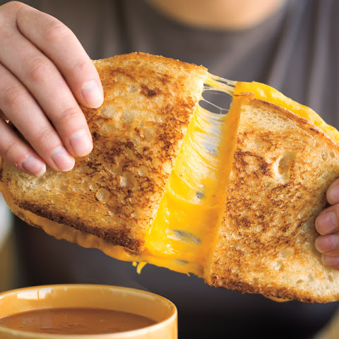 The Ultimate Breakfast Grilled Cheese Sandwich