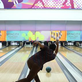by Ahmat Supriyadhi - Sports & Fitness Bowling ( strike, sports, bowling alley, bowling )