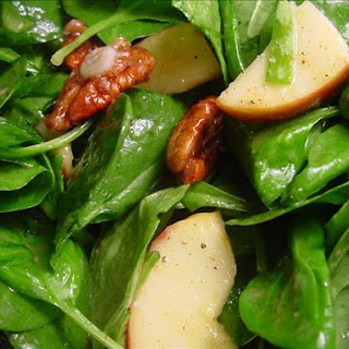 Spinach, Apple and Pecan Salad