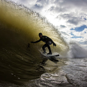 Sammy Lip Flair by Dave Nilsen - Sports & Fitness Surfing