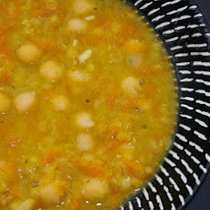 Warming Red Lentil & Chickpea Soup