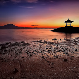 Serenity by Ina Herliana Koswara - Landscapes Beaches ( sanur, sunrise, beach, landscape, morning )
