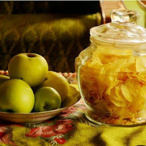 Apel.. by Dwi Ratna Miranti - Food & Drink Fruits & Vegetables