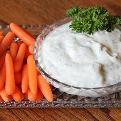 Reduced Fat Yogurt Ranch Salad Dressing