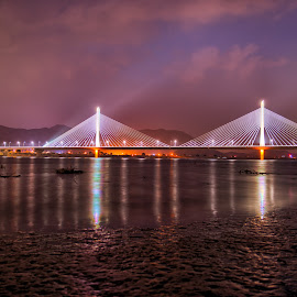 Hawngwon bridge by Keith Homan - Buildings & Architecture Bridges & Suspended Structures ( keith homan, birdge, busan, south, night, korea )