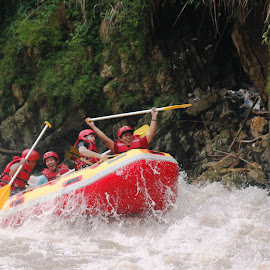 RAFTING by Edu Yoga - Novices Only Sports