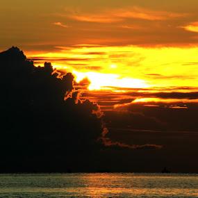 Pantai Klebang, Melaka, Malaysia... by Esyam Din - Landscapes Sunsets & Sunrises ( , landscape, beach )