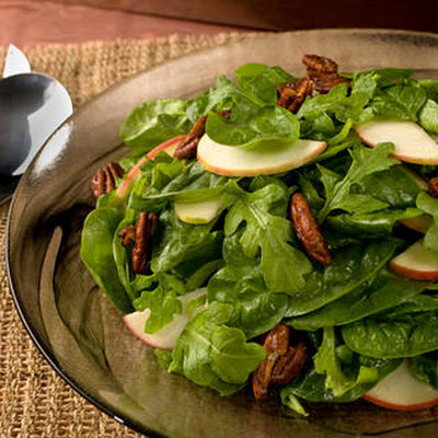 Spiced Pecan and Apple Salad with Honey Vinaigrette