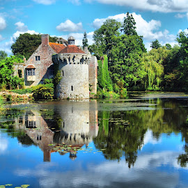 Scotney Castle by Martin Hughes - Buildings & Architecture Decaying & Abandoned