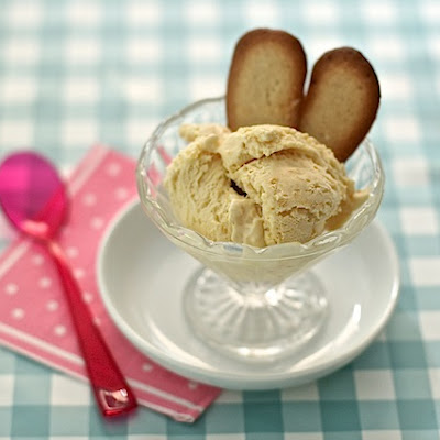 Apricot and Amaretto Ice Cream