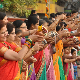 festiwal (gudi padwa) by Vickey Khatri - News & Events World Events ( new year, indore, india, festival, women )