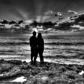Couple Sunset by Ralph Resch - People Couples