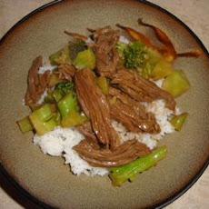 Citrusy Beef and Broccoli Stir-Fry