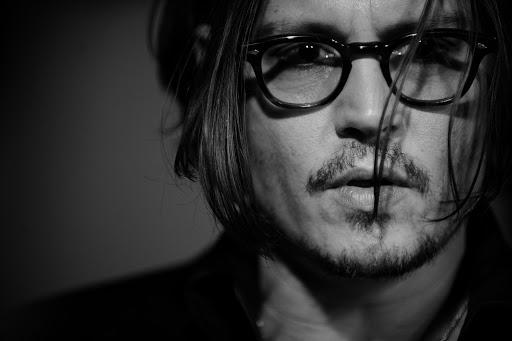 Les lunettes de Johnny Depp: un objet de désir