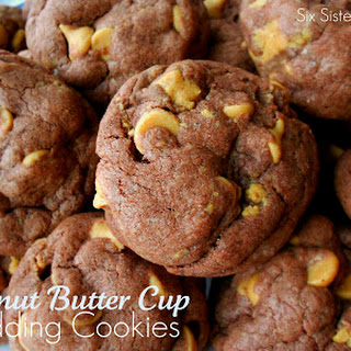 Peanut Butter Cup Pudding Cookies