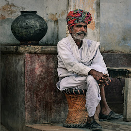 People from India by Dimitar Pavlov - People Portraits of Men ( rajasthan, street, india, people )