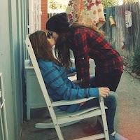 Screenshot of Lesbian Kissing