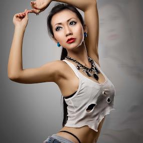 dee perfecta by Dharman Multimedia - People Fashion