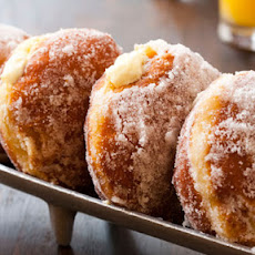 Vanilla Cream–Filled Doughnuts