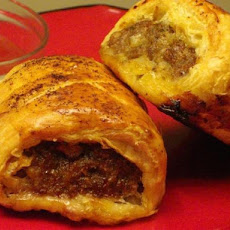 Sausage Rolls the Australian Way