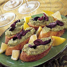 Crostini with Spicy Green Olivada
