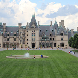 Biltmore Estate by Dave Joye - Buildings & Architecture Homes ( great smoky mountains, mansion, vanderbilt, biltmore estate, north carolina )