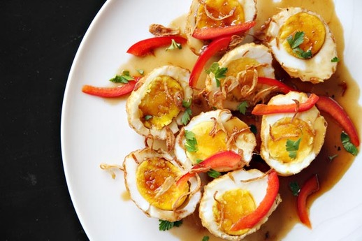 Thai Fried Hard-Boiled Eggs in Tamarind Sauce