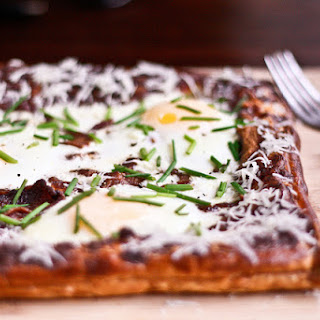 Egg, Bacon, and Chive Breakfast Tart