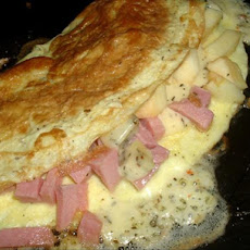Ham, Apple, and Cheese Omelet