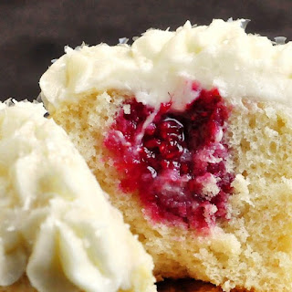 Raspberry Vanilla Cream Cheese Cupcakes