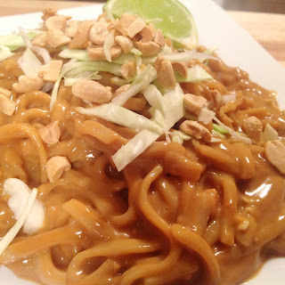 Cold Rice Noodles in Spicy Thai Peanut Sauce