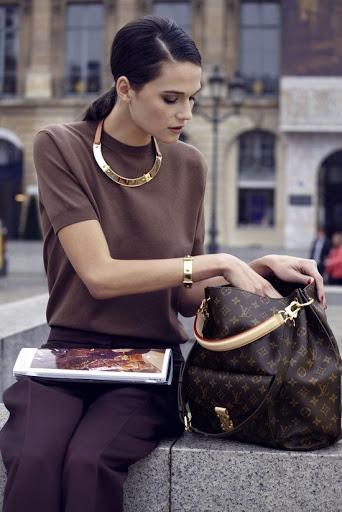 Cách chọn túi xách đẹp tôn lên vóc dáng của bạn