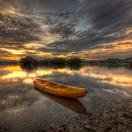 The Mirror Of The Kanu by Mohd Tarmudi - Transportation Boats ( wetland putrajaya )