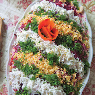 Selyodka Pod Shuboy (Layered Herring Salad)