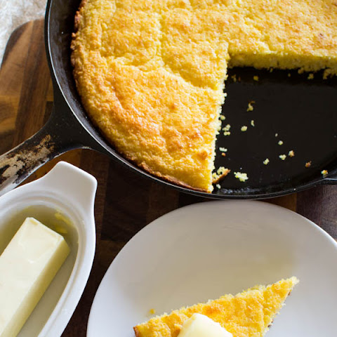 Cast Iron Cornbread