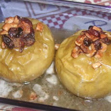 Baked Apples (With Chopped Hazelnuts)