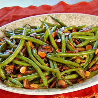Green Beans with Mushrooms and Toasted Almonds