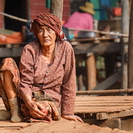 Before by Peter Jacoby - Novices Only Street & Candid ( kampong khleang, old lady, floating village, old woman, fishing village, cambodia,  )