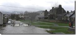 landrover in floods