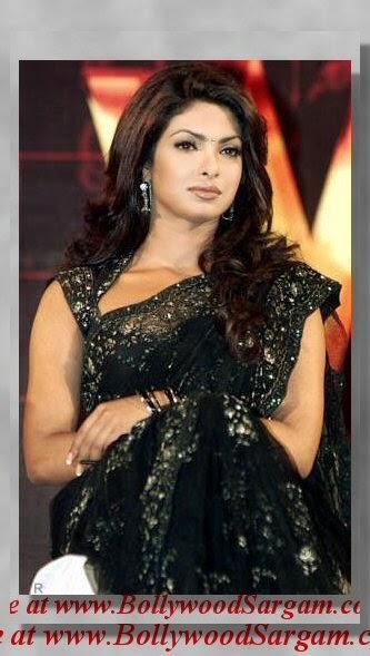 Priyanka chopra in saree hot wallpapers socialbookmarking