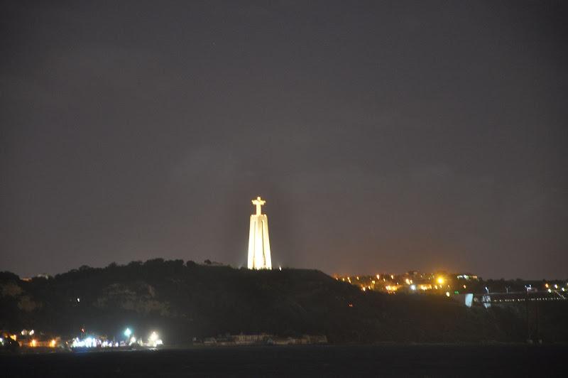 Статуя Иисуса Христа в Лиссабоне