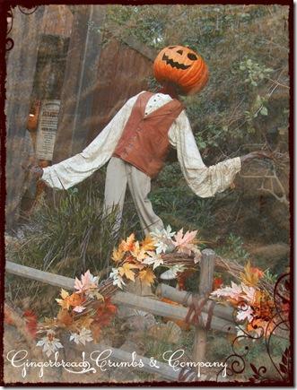 disney-scarecrow-1