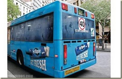 Peinture sur bus-14